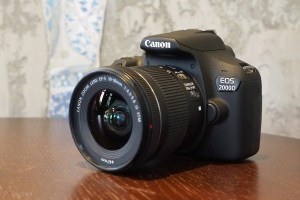 143700-cameras-review-hands-on-canon-eos-2000d-review-image1-xploy5pbva