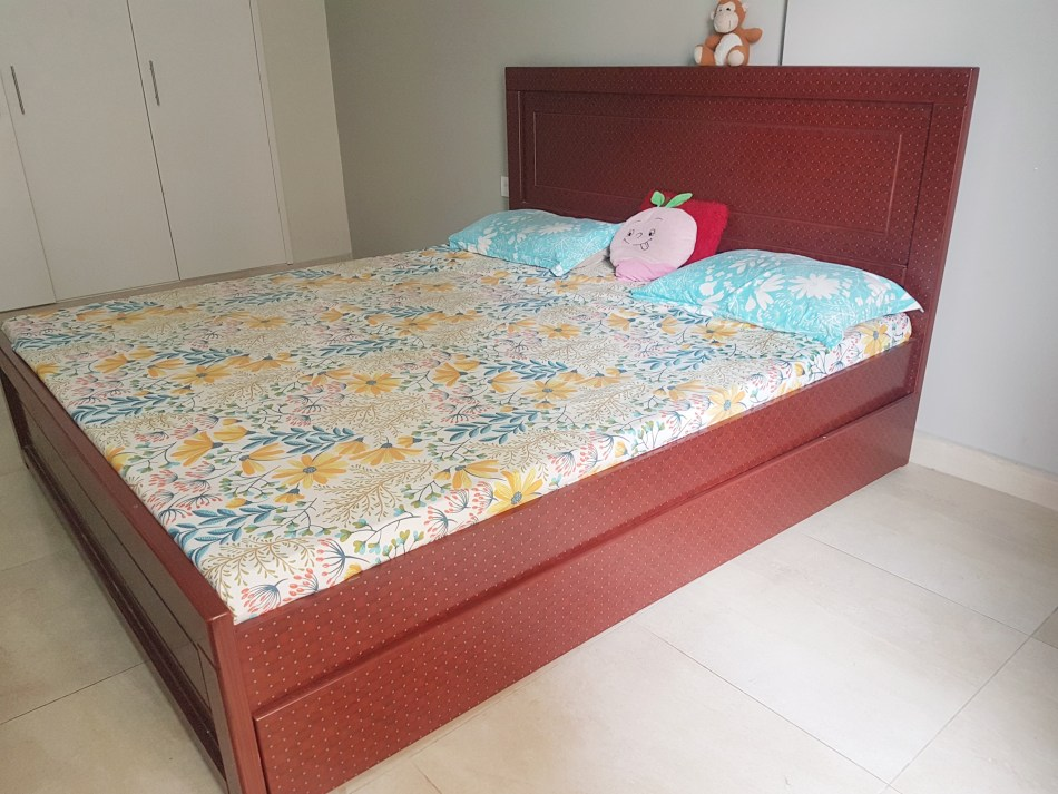 King Size Bed With Medical Mattress