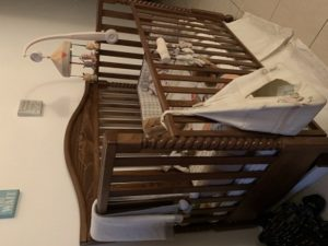 Alina solid wood crib with mamas and papas bed set