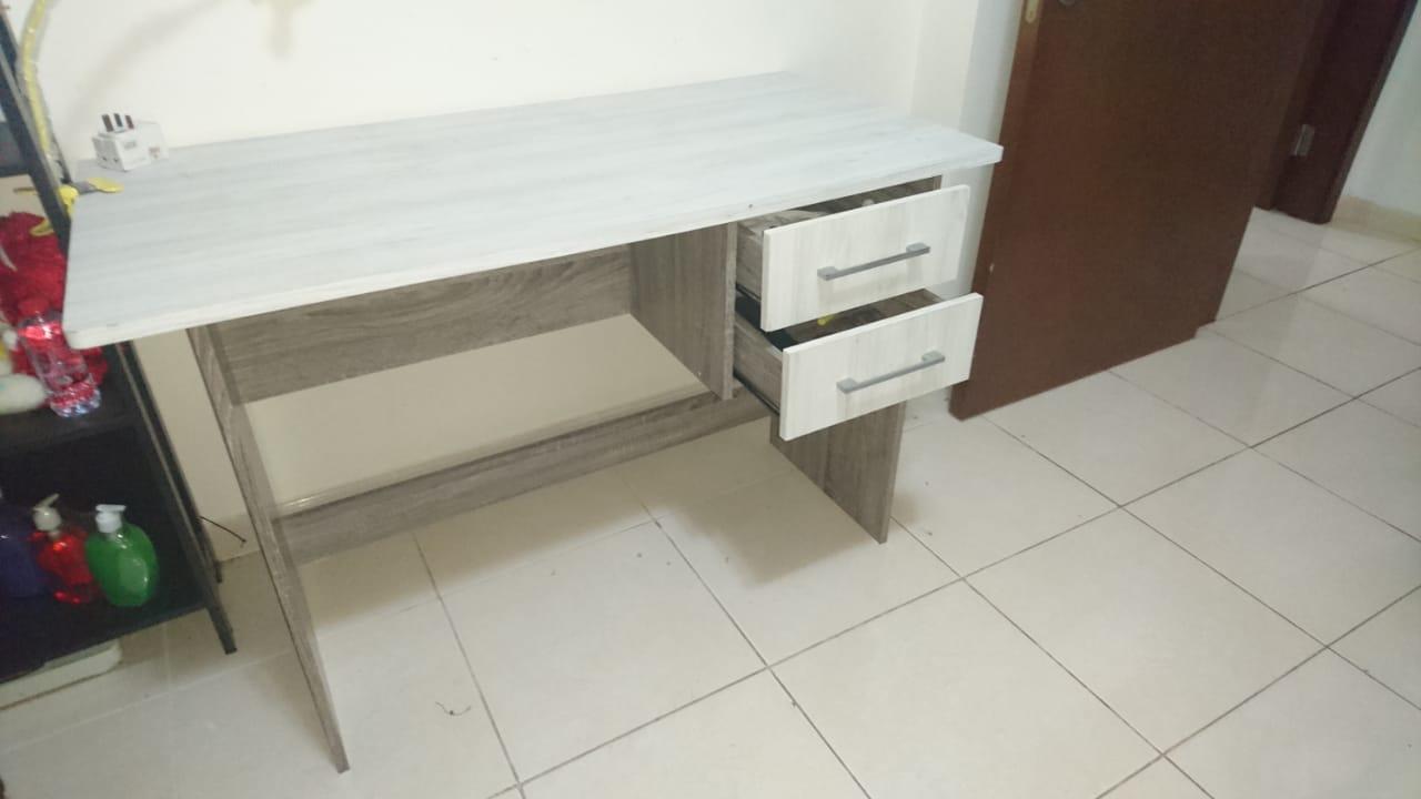 bed set + sofa+ dining table - Second Hand Dubai