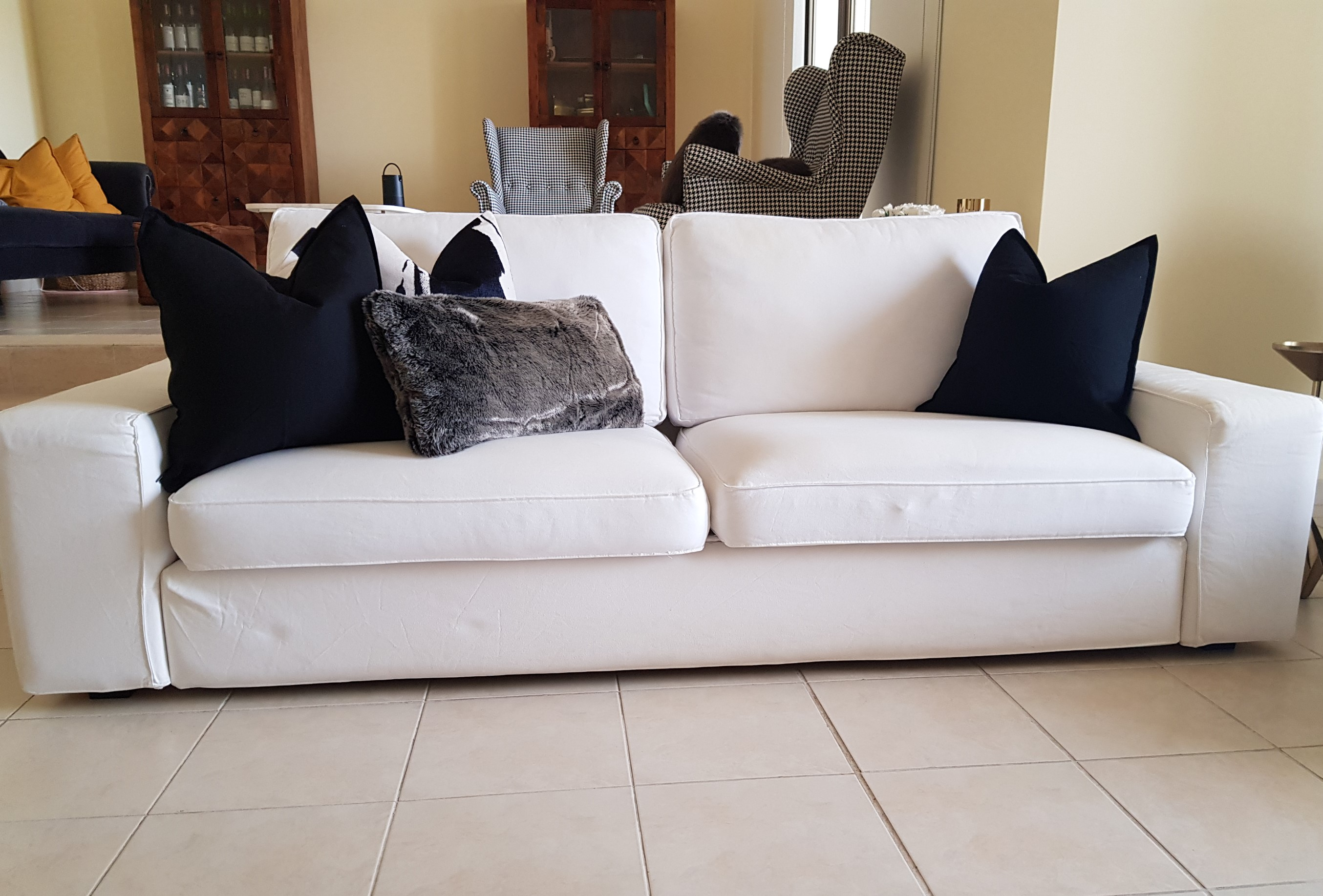 3 seater sofa front view